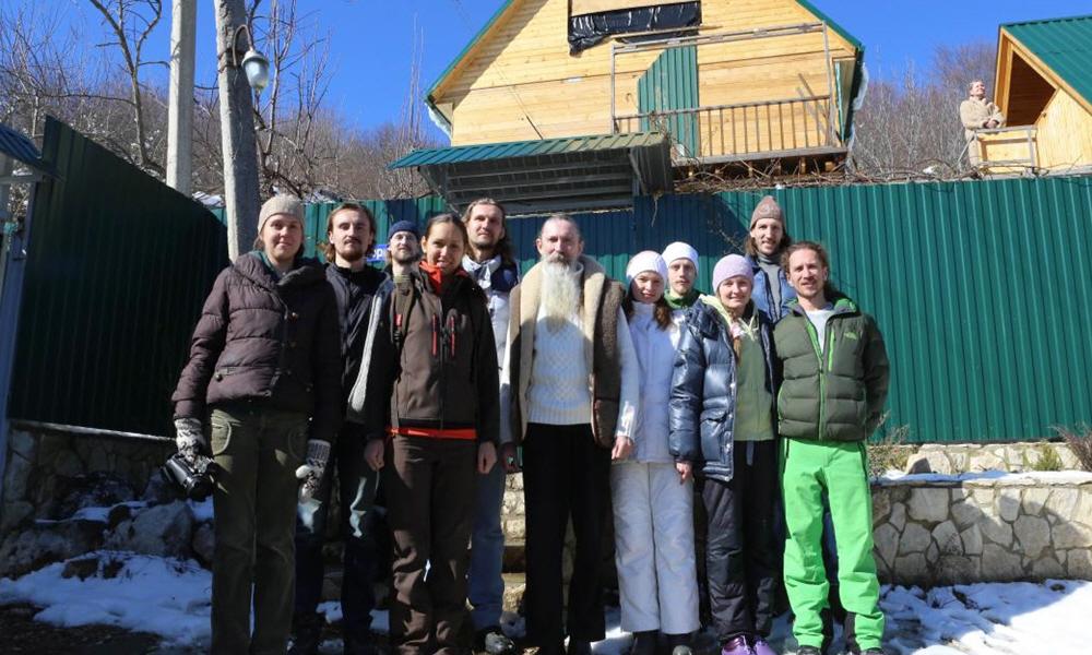 У Ведагора в посёлке Мезмай в Апшеронском районе Краснодарского края