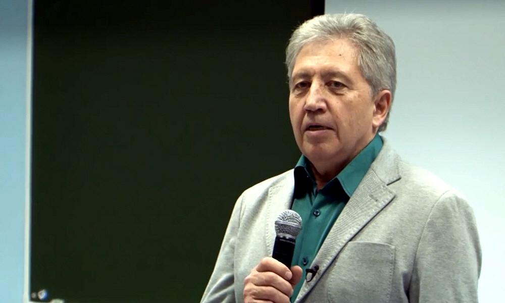 Анатолий Некрасов - Специалист в области семейных и межличностных отношений