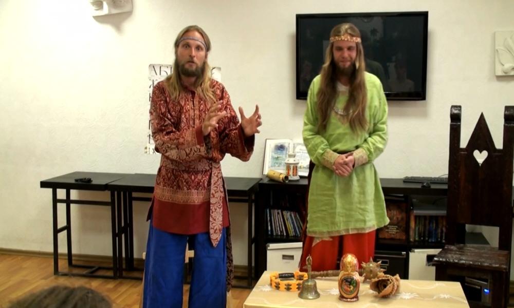Андрей Ивашко и Георгий Левшунов о сказочном образовании в Петербурге 23 июня 2014 года