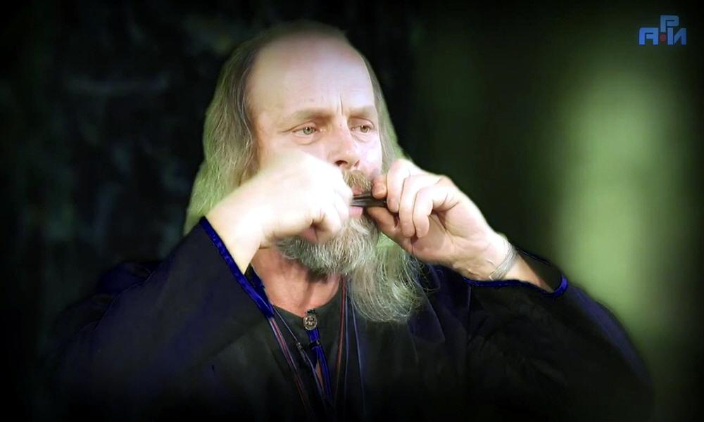 Василий Бутров - руководитель казачьего клуба Белый Камень