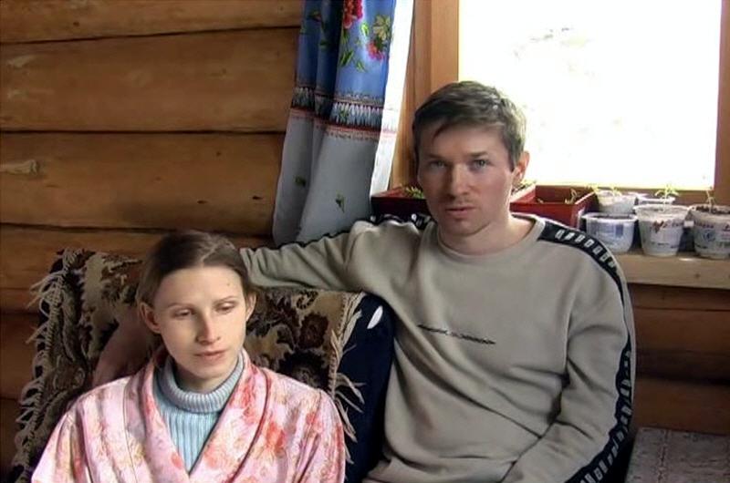 Олег и Наталья Шадрины поселенцы родового поселения Милёнки Калужской области