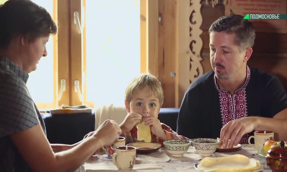 Счастливая здоровая семья Евгений и Татьяна Полипенко