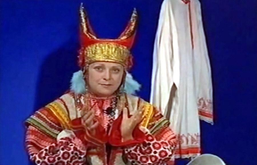 Большая колоритность традиционных русских костюмов