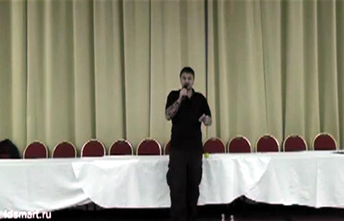 Лекция Ильи Леоновича Кнабенгофа в Питере