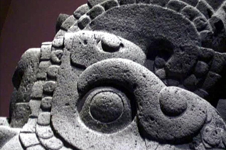 В угоду чему искажались древние майянские предания