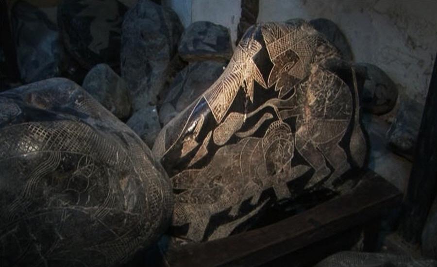 Какие удивительные рисунки изображены на тысячах рисунках камней Икки