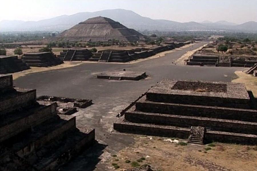 Кем на самом деле были проделаны подземные ходы пирамиды Чолулы