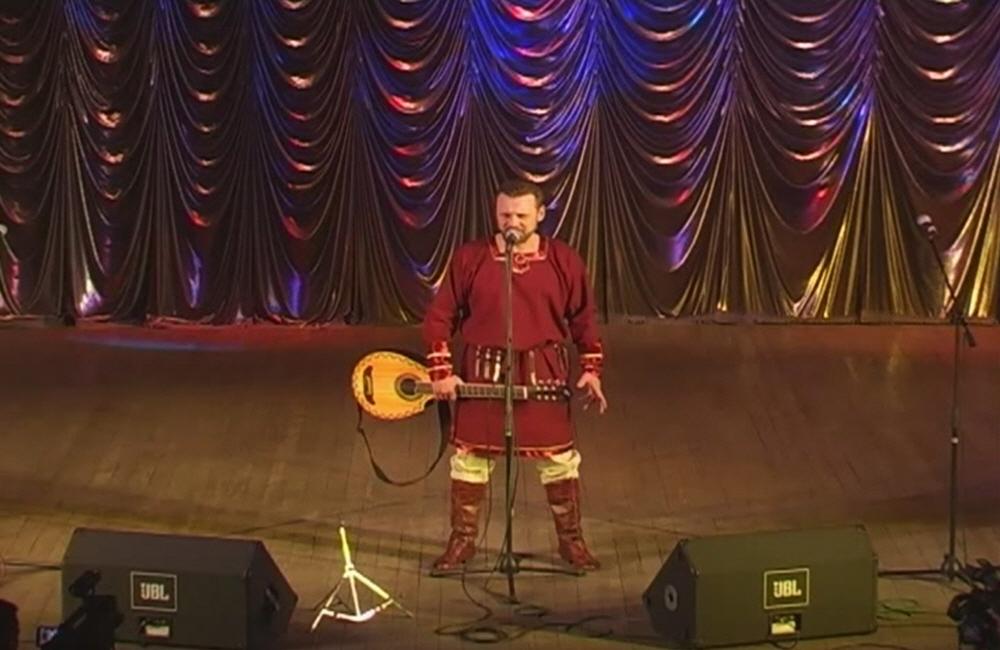 Концерт Николая Емелина в сопровождении музыкальной группы Аркона в Моковском Дворце культуры Красный Октябрь 23 апреля 2010 года