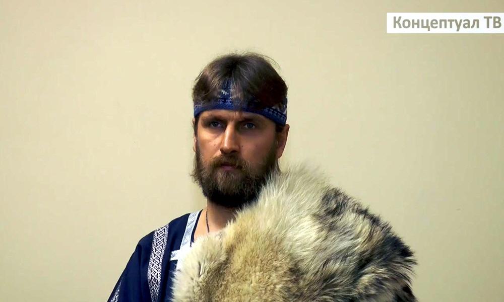 Участник славянского хора Суроварг