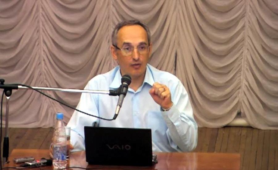 Олег Торсунов в Омске в сентябре 2011 года