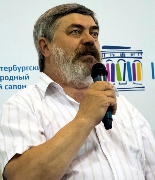 Писатель Сергей Трофимович Алексеев