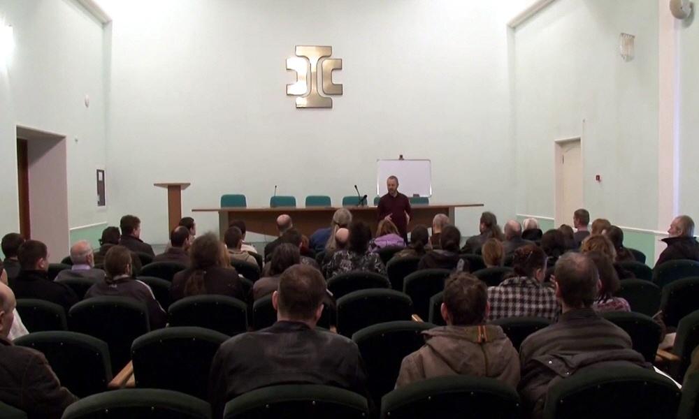 Сергей Данилов в Мариуполе 15 марта 2014 года