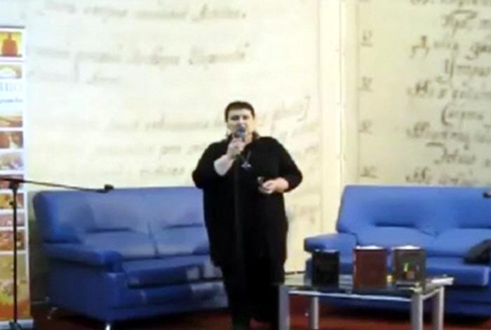 Встреча со Светланой Васильевной Жарниковой на книжной ярмарке