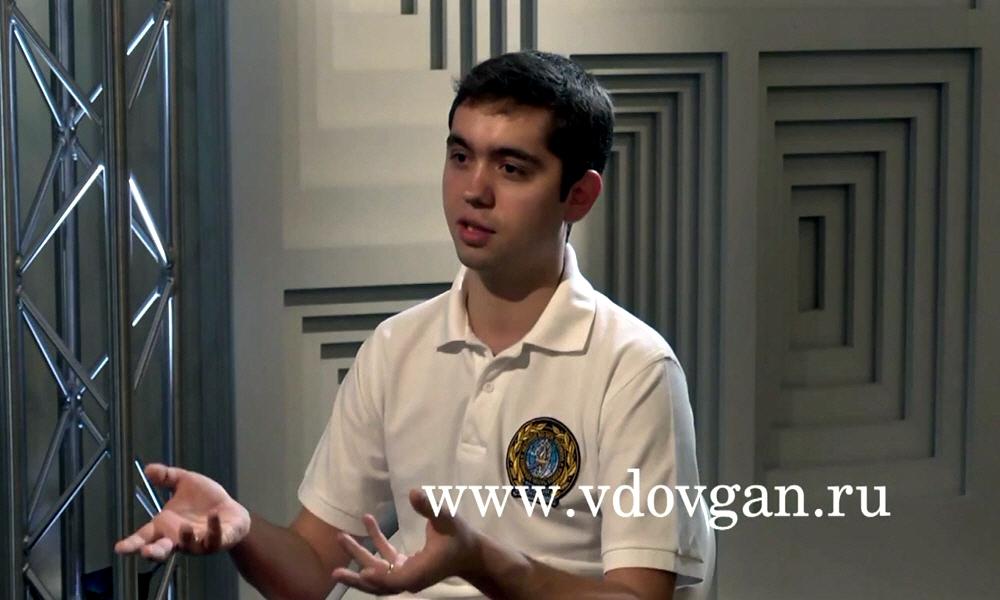 Ведущий Академии Успеха Владимира Довганя