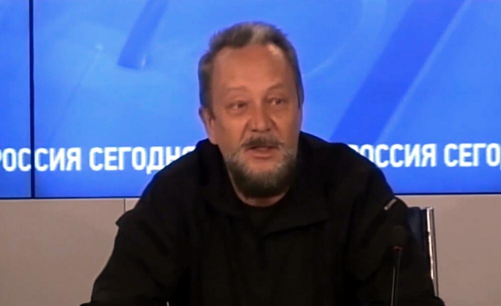 Виталий Сундаков на конференции о Воспитании патриотизма в молодёжной среде 27 октября 2014 года